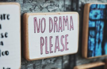 Sign that says no drama